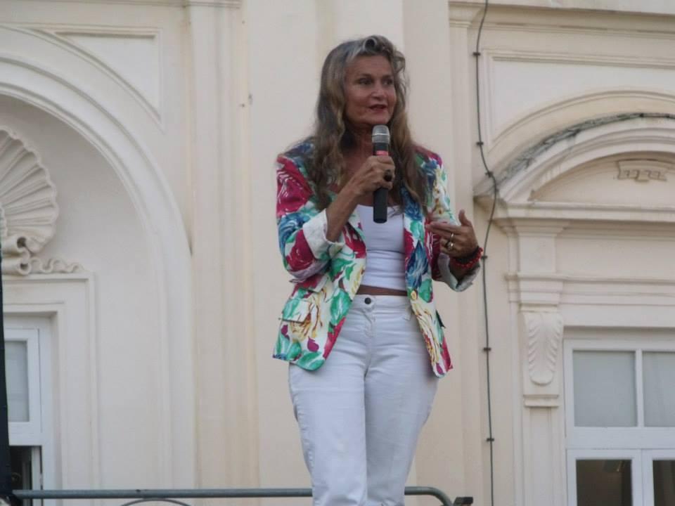 Clara Serina